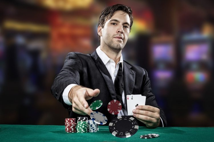 چگونه در بازی پوکر همیشه برنده باشیم