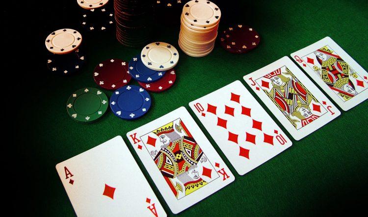 همه چیز در مورد بازی پوکر بدون محدویت تگزاس هولدم